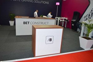 bet construct it gaming vending eae 2015 11 300x200 bcc547b9ef63286e0a97a8289cfd3b4c
