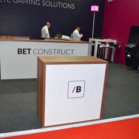 bet construct it gaming vending eae 2015 11 450x450 BET CONSTRUCT   IT GAMING VENDING   EAE   2015