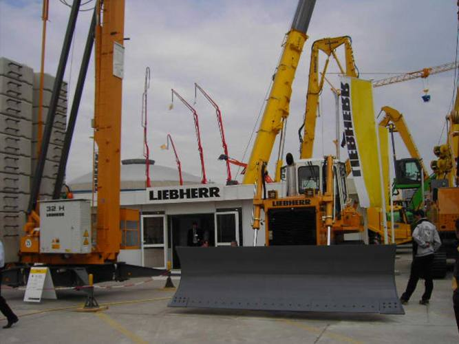 liebherr industrial 2004 LIEBHERR   INDUSTRIAL   2004
