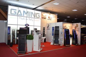 supermonte eae it gaming vending 2014 3 300x200 6beac0375f37fea70546148f0e997e59