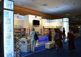 dph bookfest 2015 2 260x185 TARG DE CARTE