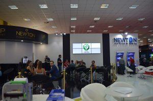 newton eae 2016 300x199 NEWTON EAE 2016 3