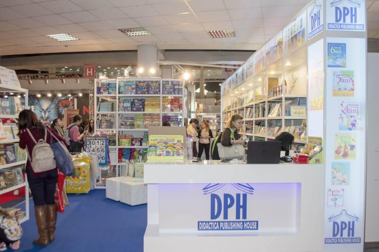DPH Gaudeamus 2018 1 Expoevolution   Standuri expozitionale